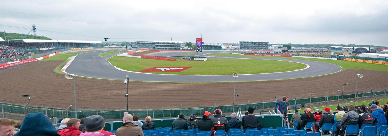 Circuito Silverstone : Duelo de titanes en el circuito de silverstone revista de coches