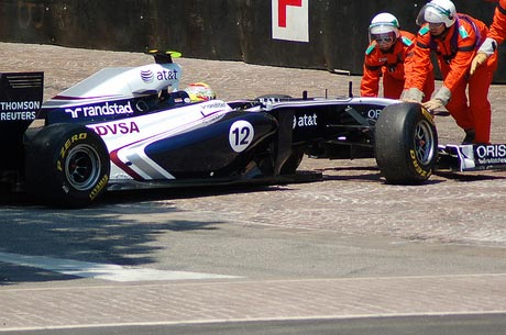 williams-being-pushed-back-turn-1